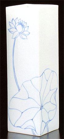 花立て 睡蓮(すいれん)の写真