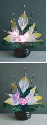LEDで光る造花 ルミナスグラジオラスNo.2【ムラサキ】(1台)の写真