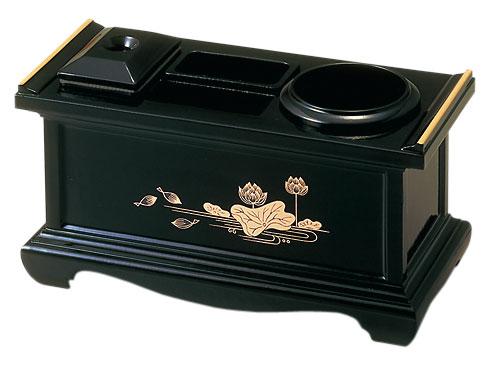 仏具収納12型 黒(フチ金)蓮の写真