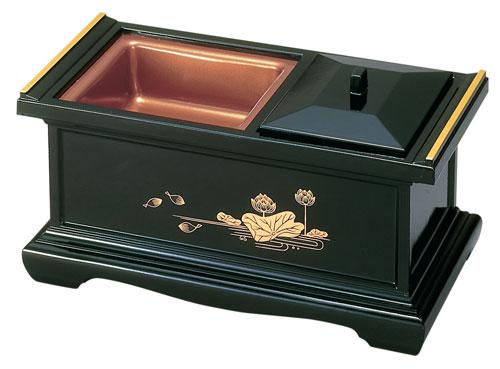 八寸香炉[黒(フチ金)]蓮の写真
