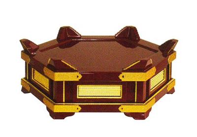 小足付背短杢魚台[朱塗面金箔押][金具付]サイズは4種類の写真