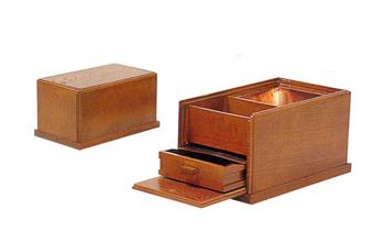 蓋付角香炉[オトシ蓋付] 幅8寸(栓又は黒塗)の写真