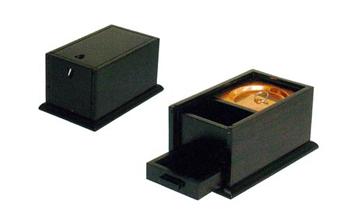 携帯用香炉[オトシ蓋付](黒檀又は紫檀)の写真