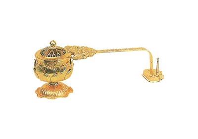蓮華型柄香炉[打物製・金メッキ仕上げ]の写真