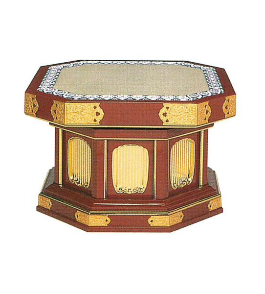 隅切回転式礼盤[金具付](朱塗又は黒塗)の写真