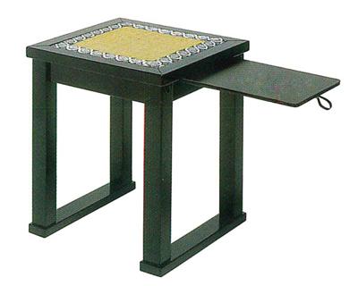 内陣用椅子(横引板付)[黒塗][固定式]R-1150の写真