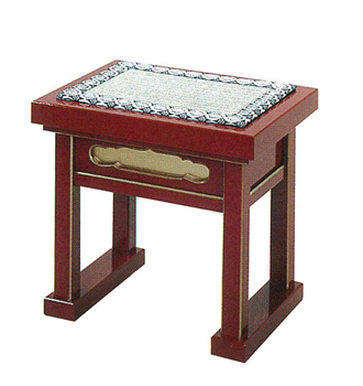 内陣用椅子(朱塗面金塗)[ゴザ付]合成漆塗の写真