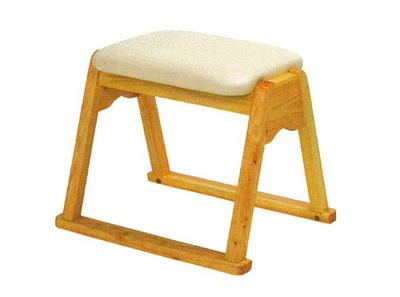 ヒノキ製本堂用椅子(サイズは2種類)の写真
