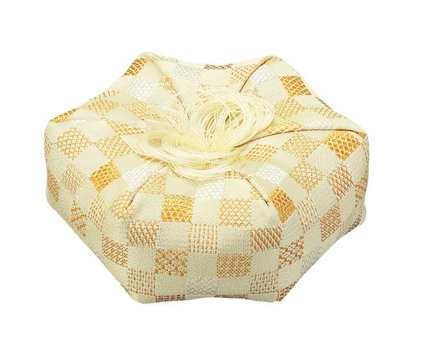 廻(めぐる)六角布団【市松柄 黄】(サイズは5種類)の写真
