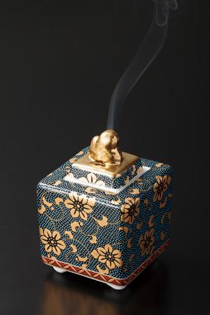 九谷焼 香炉【青粒鉄仙】2.7号の写真
