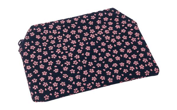 印伝調ファスナー付念珠袋[小桜ピンク]の写真