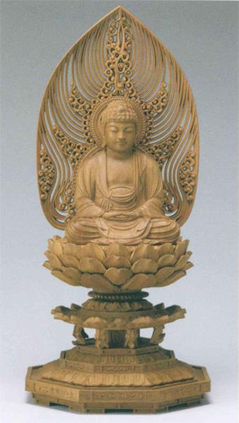 仏教 白檀 八角台座 【座釈迦または座弥陀】 水煙光背(サイズ3種類)の写真