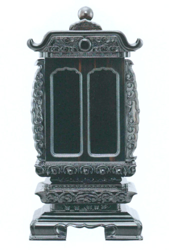 回出位牌 黒壇 袖付ニ間二重回 黒壇・紫壇 中板共板(サイズ4種類)の写真